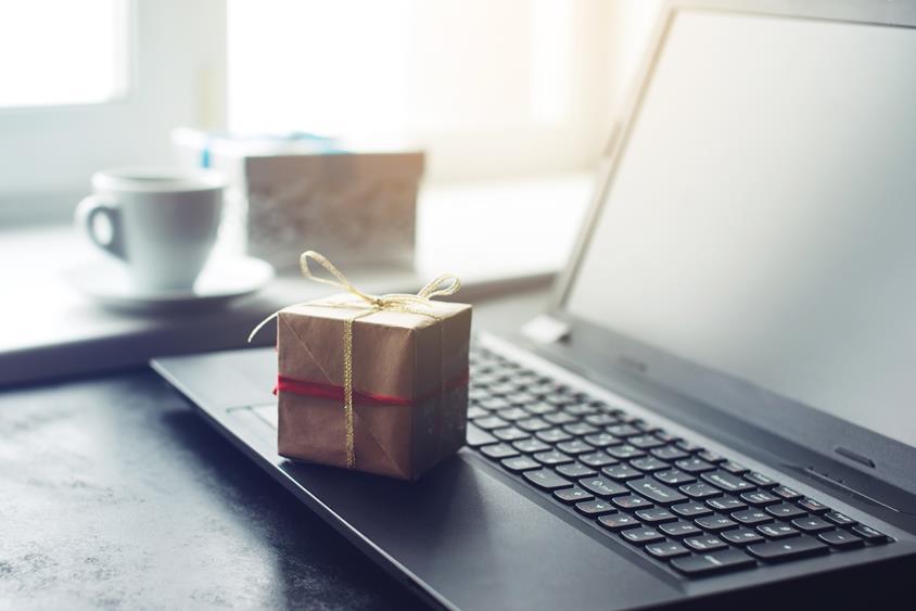 Prezenty świąteczne dla Twoich klientów – 3 praktyczne, biznesowe propozycje!