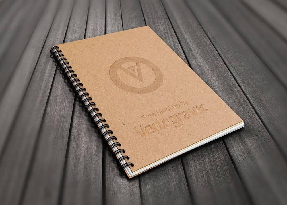 ECO, czyli naturalnie, praktycznie i dobrze! Sprawdź notesy, teczki oraz wizytówki z papieru do recyklingu